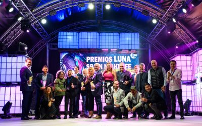 La Generalitat de Cataluña y el Ayuntamiento de Adeje reciben un premio por su apoyo al sector del ocio nocturno
