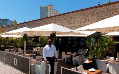 El distintivo sanitario internacional para restaurantes y discotecas llega a Barcelona y Tarragona