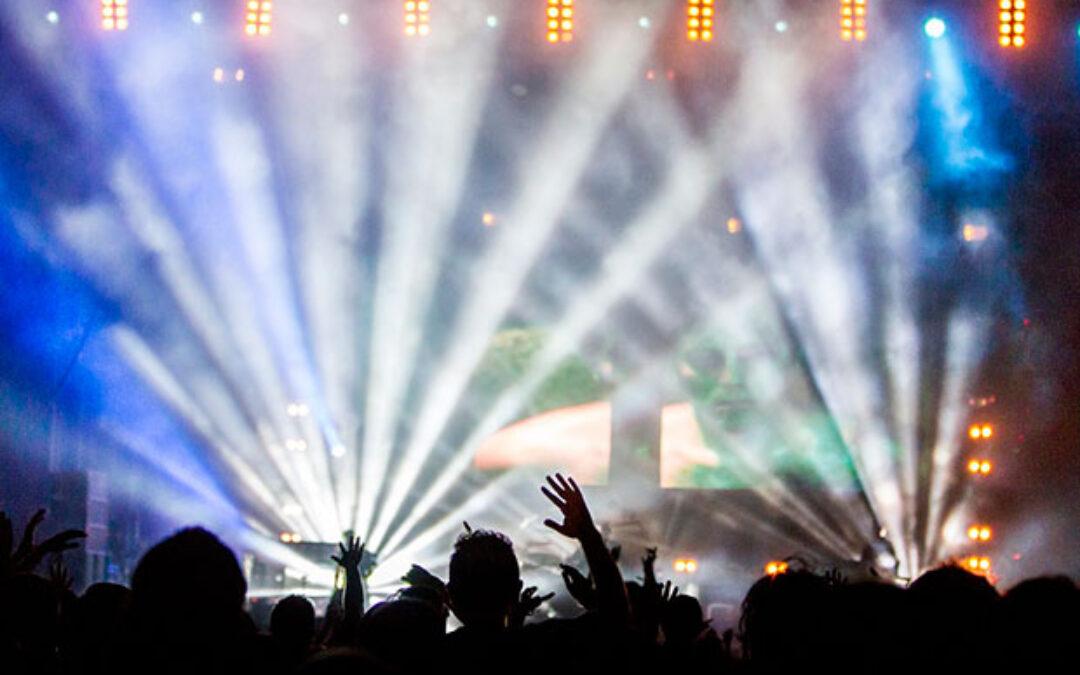 Discotecas y bares nocturnos de algunas partes de España reabren esta próxima madrugada